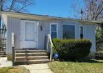 Foreclosed Home in Massapequa 11758 OAKLEY AVE - Property ID: 4140134632