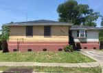 Foreclosed Home in New Orleans 70114 LAURADALE DR - Property ID: 4140821815