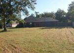 Foreclosed Home in Reserve 70084 EMMA DR - Property ID: 4141292184
