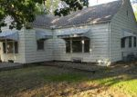 Foreclosed Home in Wichita 67208 N EDGEMOOR ST - Property ID: 4142094114