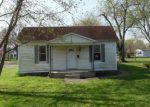 Foreclosed Home in Staunton 62088 E MILL ST - Property ID: 4142098954
