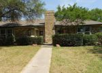 Foreclosed Home in Carrollton 75007 MIDDLE GLEN DR - Property ID: 4142275891