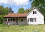 Foreclosed Home in Barberton 44203 EASTON RD - Property ID: 4142543931