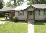 Foreclosed Home in Canton 39046 E DINKINS ST - Property ID: 4142691520