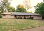 Foreclosed Home in Carbondale 62901 W FREEMAN ST - Property ID: 4142878984
