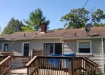 Foreclosed Home in Fenton 48430 ELMWOOD DR - Property ID: 4143628341