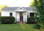 Foreclosed Home in Paducah 42003 FAIRMONT ST - Property ID: 4144036989