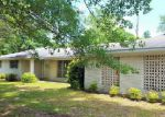 Foreclosed Home in Moss Point 39562 SOMERSET DR - Property ID: 4144120185