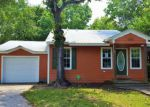 Foreclosed Home in Pascagoula 39567 BUENA VISTA ST - Property ID: 4144121507