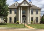Foreclosed Home in Memphis 38125 RIGGORY CV - Property ID: 4144308523