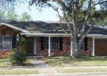 Foreclosed Home in Victoria 77904 YORKSHIRE LN - Property ID: 4144365901