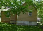 Foreclosed Home in Richmond 64085 BENTON ST - Property ID: 4144788986