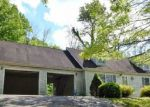 Foreclosed Home in Bedford 47421 PINHOOK RD - Property ID: 4144905477