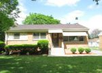 Foreclosed Home in Des Plaines 60016 VASSAR LN - Property ID: 4144980815