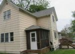 Foreclosed Home in Clinton 52732 N 3RD ST - Property ID: 4145009270