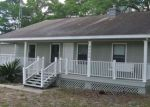 Foreclosed Home in Anthony 32617 NE 16TH TER - Property ID: 4145111317