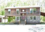 Foreclosed Home in East Hampton 6424 MIDDLETOWN AVE - Property ID: 4145897936