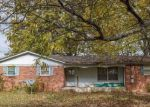 Foreclosed Home in Gallatin 37066 LORRAINE DR - Property ID: 4145997792