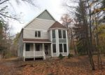 Foreclosed Home in Syracuse 13215 HOWLETT HILL RD - Property ID: 4146030186