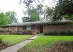 Foreclosed Home in Lufkin 75904 PERSIMMON AVE - Property ID: 4146269323