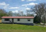 Foreclosed Home in Oliver Springs 37840 STRUTT ST - Property ID: 4146285988