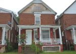 Foreclosed Home in Canton 61520 W WALNUT ST - Property ID: 4146586419