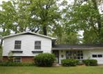 Foreclosed Home in South Bend 46617 WOODCREST DR - Property ID: 4146588161