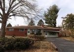 Foreclosed Home in Alton 62002 STOREYLAND DR - Property ID: 4146608315
