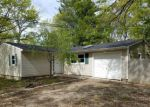 Foreclosed Home in Mastic 11950 TONOPAN ST - Property ID: 4146957831