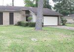 Foreclosed Home in Beaumont 77708 WILDWOOD DR - Property ID: 4147108937