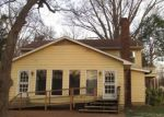 Foreclosed Home in Memphis 38135 OAK RD - Property ID: 4147145267