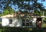 Foreclosed Home in Topeka 66606 SW PARKVIEW ST - Property ID: 4148051891