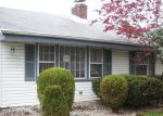 Foreclosed Home in Edison 08817 WAYNE ST - Property ID: 4148069847