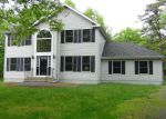 Foreclosed Home in Bushkill 18324 STEELE CIR - Property ID: 4148112319