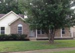 Foreclosed Home in Louisville 40272 VALLEY MEADOW WAY - Property ID: 4148300204