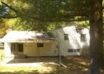 Foreclosed Home in Independence 64057 BERRY AVE - Property ID: 4149674576