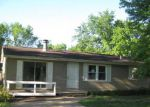 Foreclosed Home in Peoria 61615 E VALLEY SHORE DR - Property ID: 4149767870