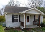 Foreclosed Home in Clarksville 37042 LAFAYETTE RD - Property ID: 4150159864
