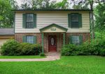 Foreclosed Home in Huntsville 77320 ROYAL OAKS ST - Property ID: 4150254449