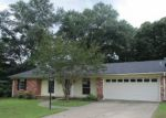 Foreclosed Home in Longview 75605 NAVAJO TRL - Property ID: 4150262781
