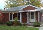 Foreclosed Home in Harper Woods 48225 ANITA ST - Property ID: 4150466431