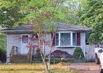 Foreclosed Home in Mastic 11950 GROVE DR - Property ID: 4150974931