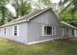 Foreclosed Home in New Milford 06776 PUTNAM RD - Property ID: 4151432159