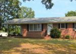 Foreclosed Home in Oxford 36203 DOUGLAS DR - Property ID: 4151864895