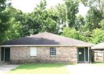 Foreclosed Home in Baton Rouge 70811 EL SCOTT AVE - Property ID: 4152177149