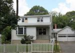 Foreclosed Home in Glen Burnie 21061 WEST DR - Property ID: 4152543300