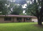 Foreclosed Home in Longview 75604 CLINTON ST - Property ID: 4152707999