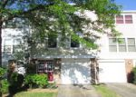 Foreclosed Home in Schaumburg 60194 CARDIFF CT - Property ID: 4153528757