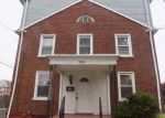 Foreclosed Home in Camden 08104 IRONSIDE RD - Property ID: 4154341632