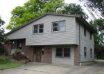 Foreclosed Home in Youngstown 44512 LARKRIDGE AVE - Property ID: 4154359581